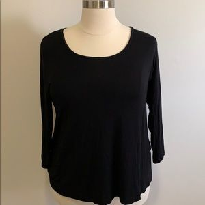 Cato Black top with 3/4 length sleeves